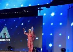 Loretta Goggi Seat Music Awards 2021, dopo Maledetta Primavera lascia i social. IL VIDEO
