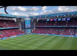 Malore Christian Eriksen: tifosi finlandesi cantano Christian, i danesi rispondono Eriksen. IL VIDEO
