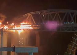 Roma, incendio Ponte di Ferro: paura in zona Ostiense, crolli e fiamme. VIDEO