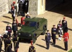 Funerali Filippo, Land Rover verde arriva a Windsor