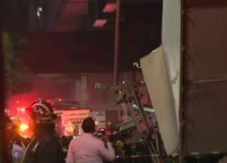 Città del Messico, crolla ponte della metro: almeno 13 morti