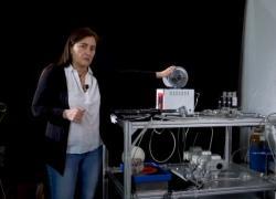 Spazio, produrre acqua sulla Luna si può... e lo farà l'Italia