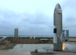 Spazio, primo atterraggio di successo per la Starship di SpaceX