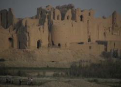 Afghanistan, in fuga da talebani si rifugiano nella città perduta