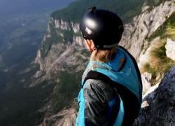 Il Monte Brento, un paradiso per base jumpers da tutto il mondo