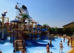 Gardaland riparte con Legoland: ecco il nuovo parco acquatico