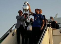L'arrivo a Roma con la coppa degli Azzurri campioni d'Europa