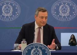 Al via il Green Pass. Draghi: appello a non vaccinarsi è a morire