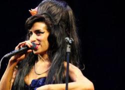 Dieci anni senza Amy Winehouse, regina del soul dalla voce unica