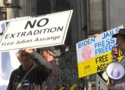 "Manifestazione a Londra: ""No all'estradizione di Assange"""