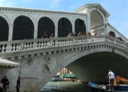 Venezia, Renzo Rosso: sul Ponte di Rialto fatto lavoro meticoloso