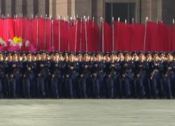 In Nordcorea parata militare notturna, riappare anche Kim Jong-un
