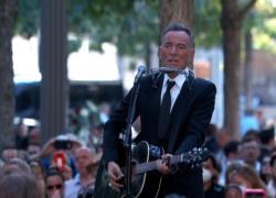 11 settembre, Bruce Springsteen canta a sorpresa per le vittime