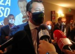 """Salvini a Milano: """"No vax nella Lega? Siamo o no in democrazia?"""""""