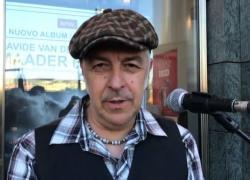 Davide Van De Sfroos canta la madre terra in dialetto tremezzino