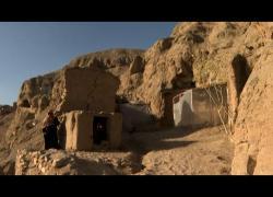 Afghanistan, a Bamiyan gli abitanti delle grotte hanno fame