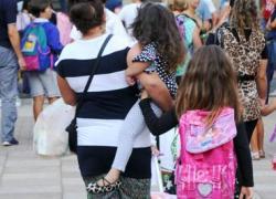 Un genitore su 3 si sente solo, lo studio 'Parenting Index'