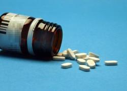 Farmaci: Federfarma, per effetto Covid italiani più attenti ma ancora troppo web
