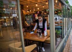 Riapertura ristoranti al chiuso e mascherina, linee guida Cts