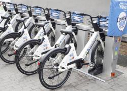 Arriva 'Napoli 'N Bike', il bike sharing elettrico in città
