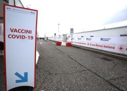 Vaccini Lazio, al via prenotazione per fascia 17-24 anni