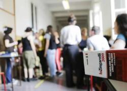 Covid: Sileri, 'per i 215mila docenti non vaccinati serve moral suasion'