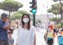 """Roma, Raggi: """"Città come la Ferrari, l'ho rimessa in pista"""""""