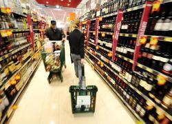 Ancc-Coop, 7 italiani su 10 ottimisti ma livelli consumi pre pandemia in 2023