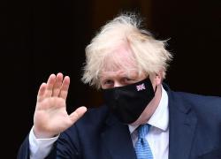 """Covid oggi Gran Bretagna, Johnson: """"Green pass rimane un'opzione"""""""