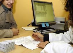 Sanità: dalla neomamma alla lavoratrice, storie di malattie intestino e cure flessibili