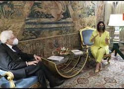 """Mattarella riceve Laura Pausini: """"La notte degli Oscar è stata emozionante"""""""