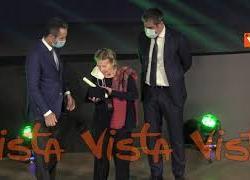 La cerimonia dei premi Rosa Camuna 2021, tra i premiati l'Inter, Liliana Segre e Luca Attanasio