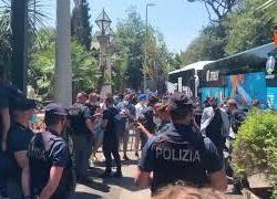 Europei La Nazionale arriva a Roma accolta dai tifosi