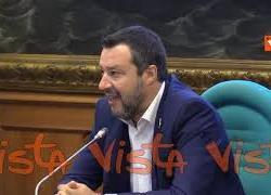 """Vaccino, Salvini a Zingaretti: """"Studia prima di parlare. Obbligo per minorenni è una follia"""""""