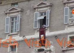 """Papa Francesco: """"Senza dialogo tra giovani e nonni la vita non va avanti"""""""