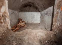 """Ritrovamento tomba a Pompei, il direttore Zuchtriegel: """"Mistero sul tipo di sepoltura"""""""