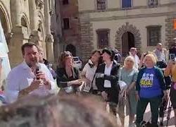 """Salvini: """"Sinistra pensa di far vendemmia di voti a Siena per farsi gli affari suoi a Roma"""""""