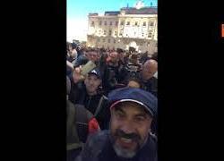 """Paragone a Trieste: """"Hanno messo insieme Governo dei migliori per cacciare lavoratori con idranti"""""""