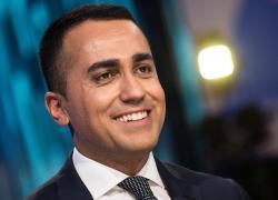 """Di Maio? Nel libro si vanta dei complimenti di Berlusconi. Ma gli dava del """"ridicolo"""""""