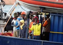 """Migranti Libia, Draghi: """"L'Italia intende continuare a finanziare i rimpatri"""""""