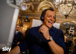 Palinsesti Sky con Muccino seriale, 'Pekin Express' e fiction su Totti