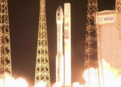 Spazio, lanciato il razzo italiano Vega: a bordo 53 satelliti