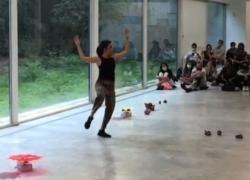 Cartoline dalla Milano Art Week: performance e sculture di luce