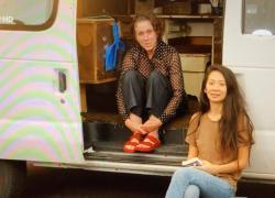 Oscar 2021: chi è Cholé Zhao la regista vincitrice con Nomadland?