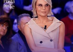 C'è Posta per Te non va in onda sabato 6 marzo: ecco perchè e cosa vedere su Canale 5