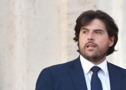 M5S, Buffagni sfida Conte e Grillo e si affida ai grillini del Nord