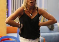 Gf Vip 5, Matilde Brandi sporge querela dopo Live Non è La D'Urso. Sta succedendo di tutto!