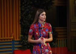 Grande Fratello Vip 5, Andrea Zelletta difeso dalla fidanzata Natalia Paragoni: 'Ma chi ti fila...'