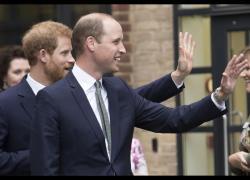 """William e Harry, lite furibonda dopo il funerale del principe Filippo: """"Insulti e urla"""""""
