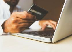 Salone dei pagamenti 2020, Patuelli (Abi): 'La pandemia ci costringe a grandi cambiamenti verso il digitale'